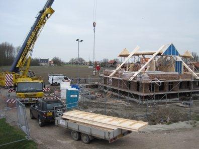 Geprefabriceerde houten kapconstructie nieuwbouw Kamperland